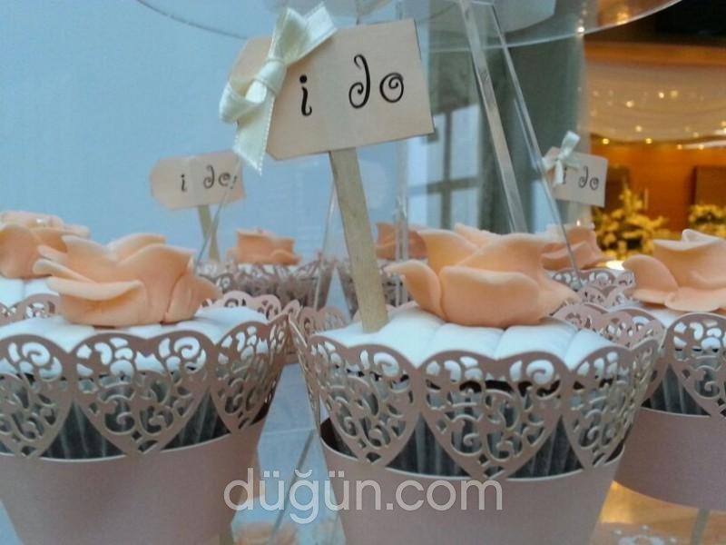 D'lish Cupcake