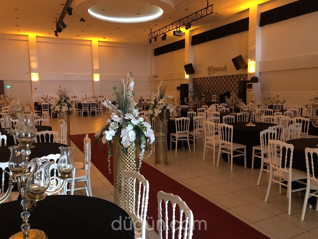 Yaprak Düğün Salonu