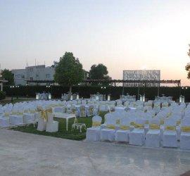 Yarim Düğün Salonu