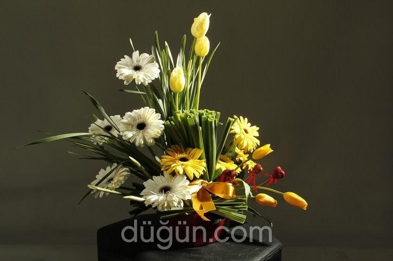 Beyazlilyum Çiçekçilik