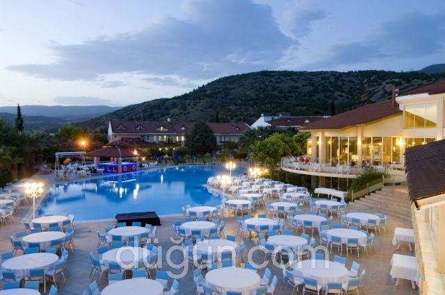 Lycus River Hotels