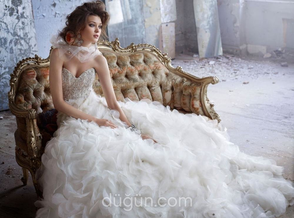 Miss Emina Moda Evi