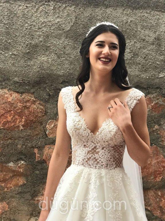 Hilal Turhal - La Bianca Butik