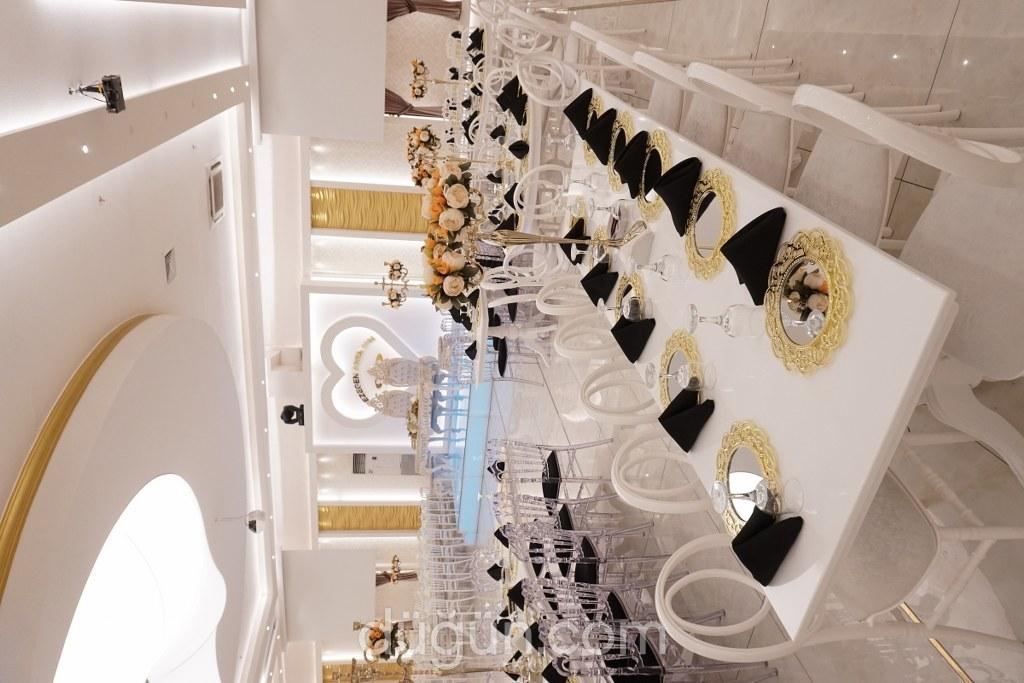 Gezegen Premium Balo Salonu