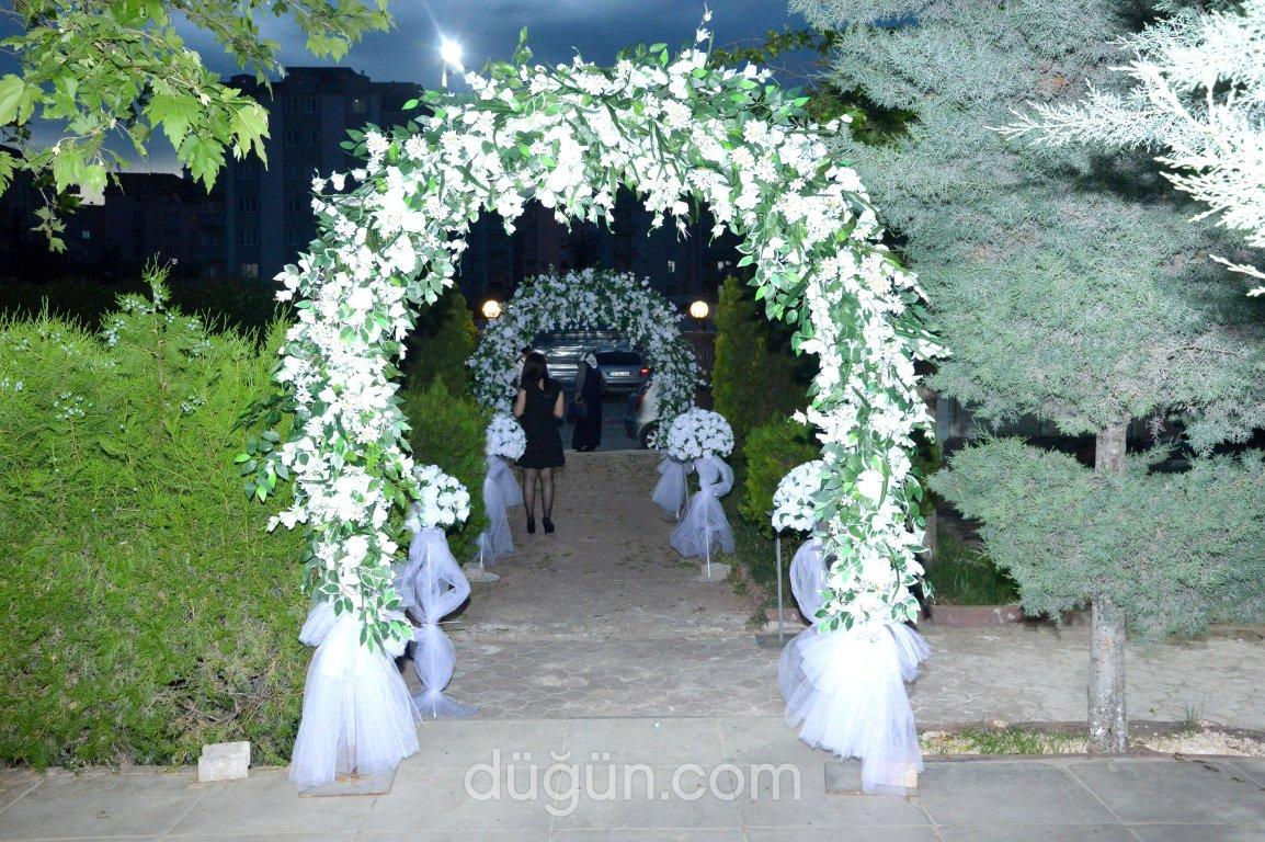 Zümrüt Plaza Kır Düğünleri