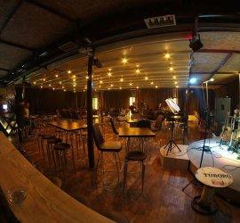 1A Pub