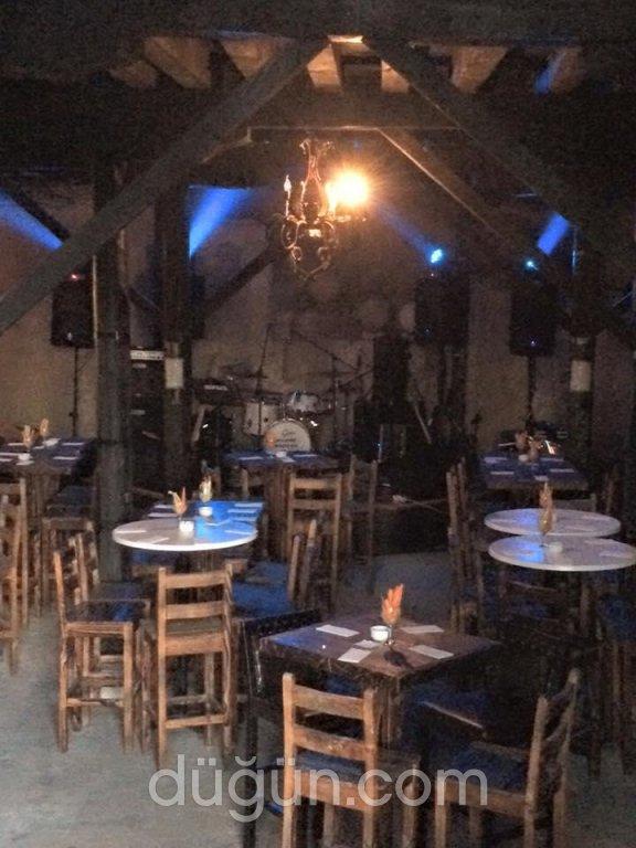 Papazın Evi Cafe & Restaurant