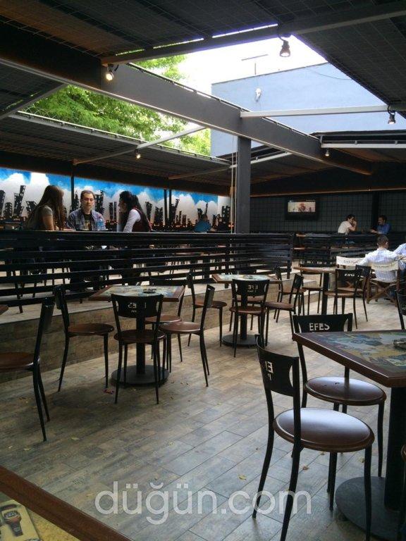 Lokal Beer Cafe