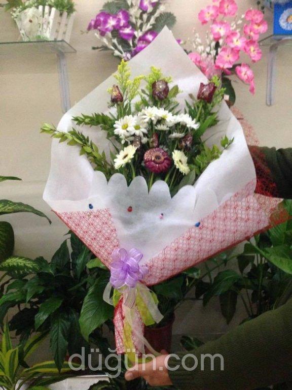 Tuna Çiçekçilik