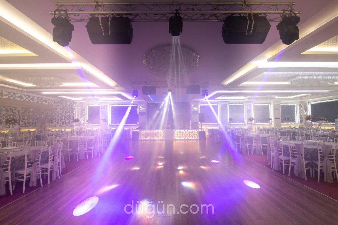 Marin Club