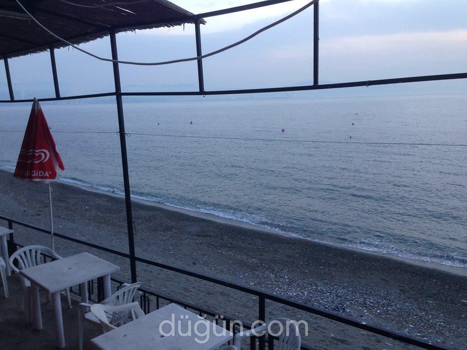 Denizatı Bar & Cafe