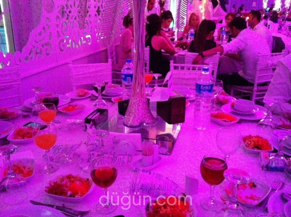 Flamingo Beyaz Salon
