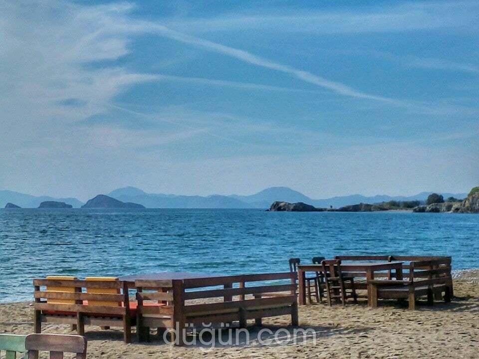 Zentara Beach