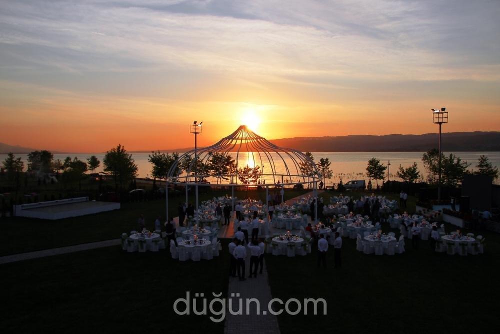 Altıngüneş Garden Park Kır Düğün Alanı