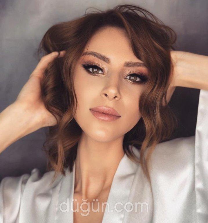 Mustafa Revan Make-up & Hair Studio