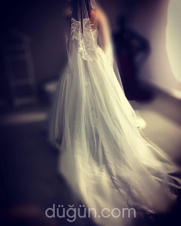 Ece Kaytan Wedding House