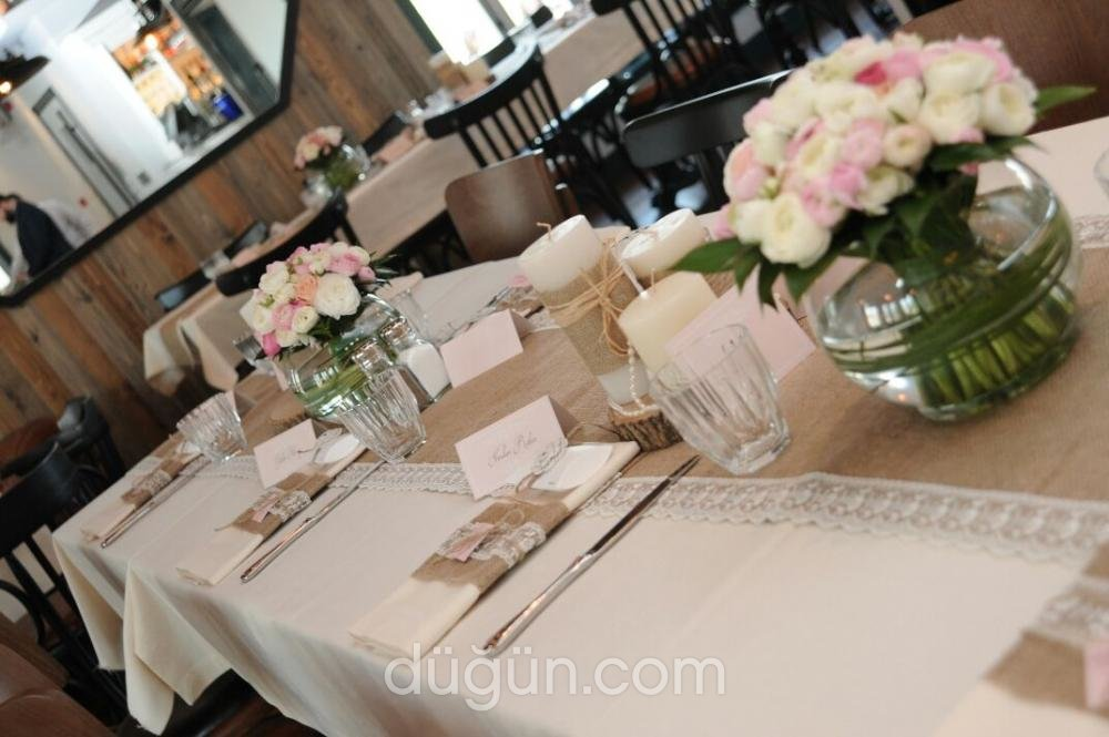 Boutique Events & Flowers