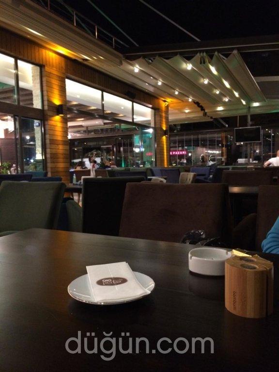Perlaa Cafe Bistro
