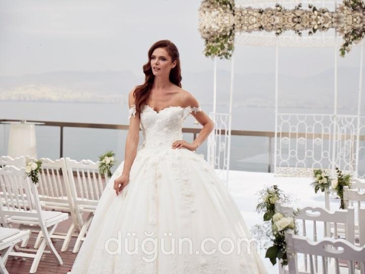 Cafe Bride