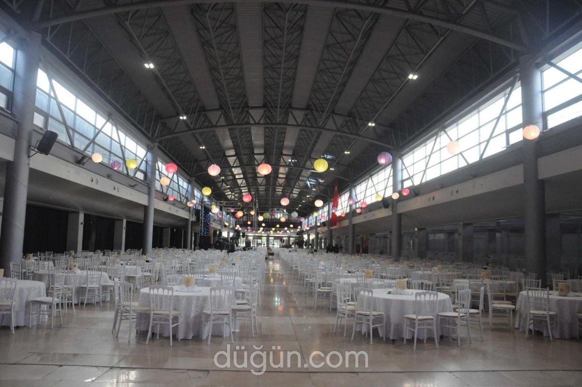 Merinos Atatürk Kongre ve Kültür Merkezi