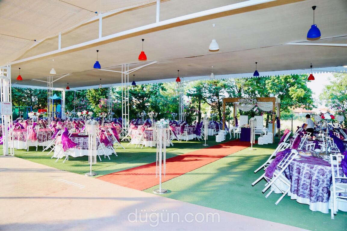 İmza Garden Kır Düğün Salonu