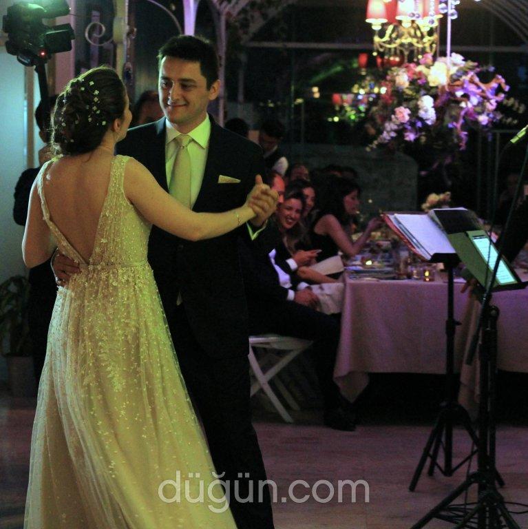 La Vie Wedding