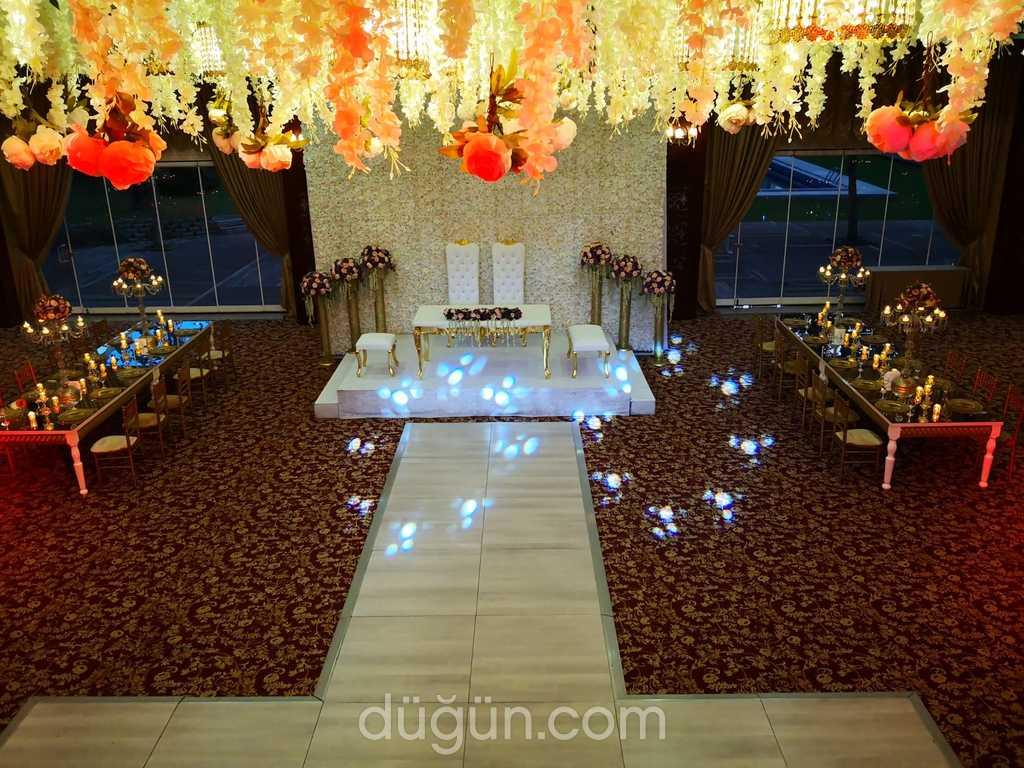 World Point Hanedan Balo Salonu