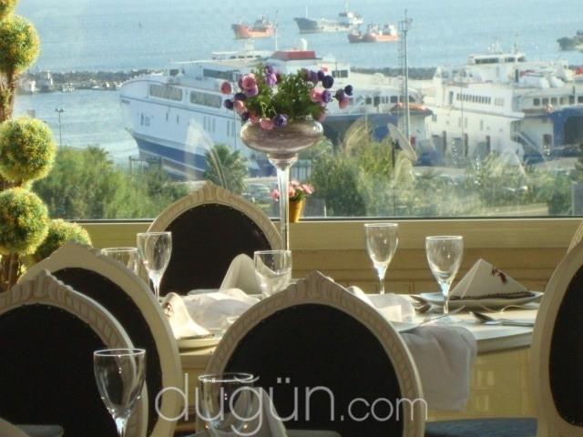 Blue Marmaray Hotel