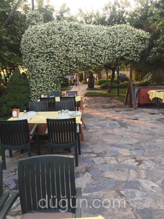 Papuli Garden