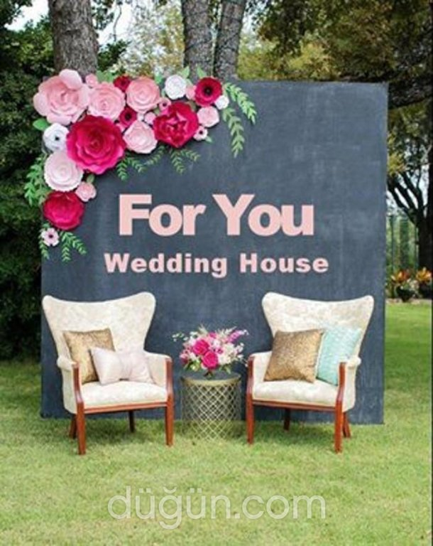 For You Wedding House