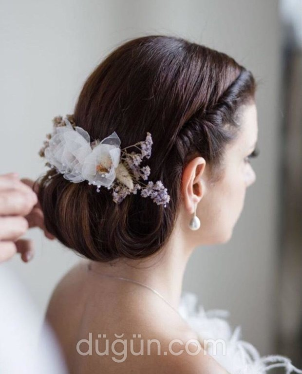 Narin Demirbaş Bridal Accessories
