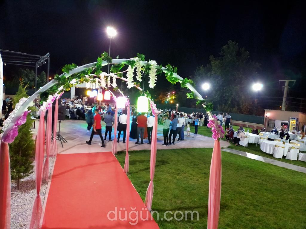 Aspuzu Park Kır Düğün Salonu