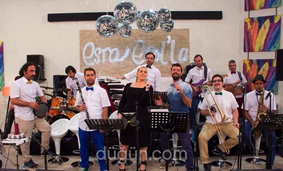 Esra Erol'da Orkestrası