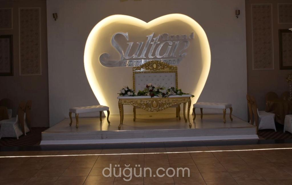 Grand Sultan Saloon