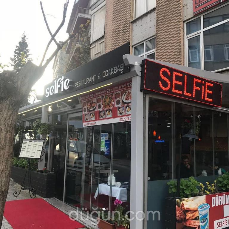 Selfie Cafe