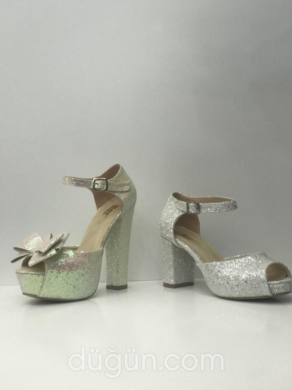 Vera Bridal Shoes & Accessories