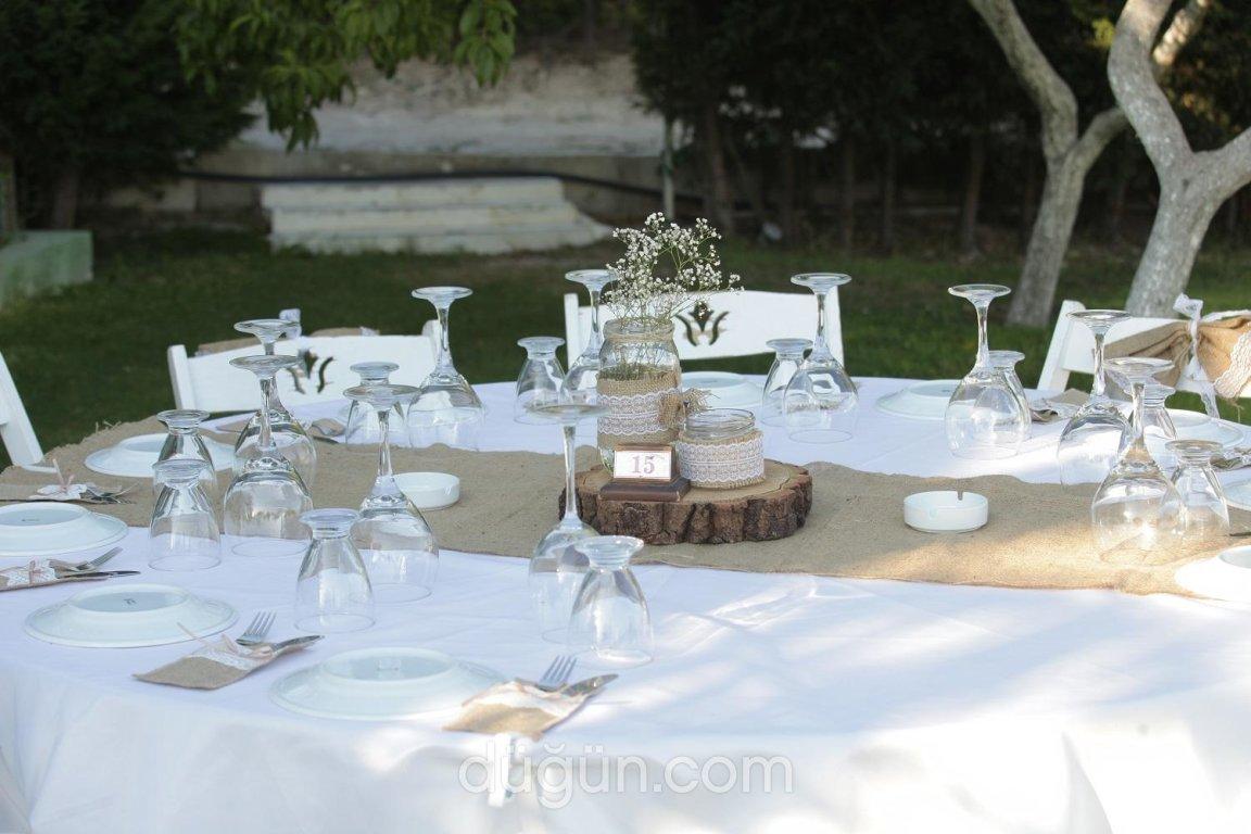 Ege Kasrıbeyaz Garden Restaurant