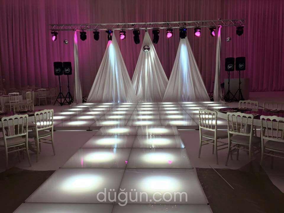 Platformas Işıklı Podyum ve Dans Pisti