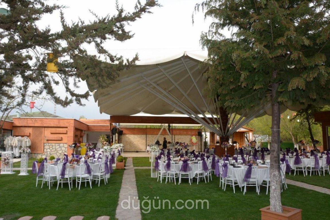 Ayşe Sultan Kır Düğünü
