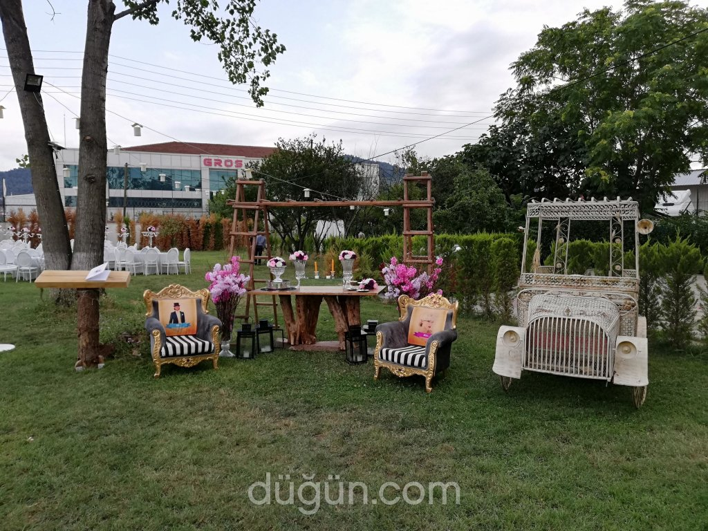 Ernur Wedding Garden