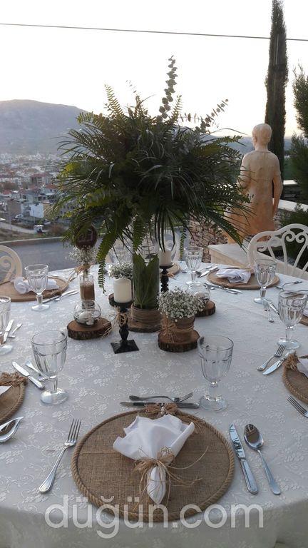Nea Efessos - Maza Kitchen & Lounge