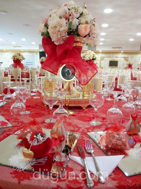Kavacık Beyaz Saray Davet Balo Salonları