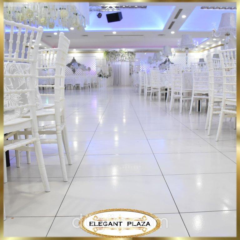 Elegant Plaza