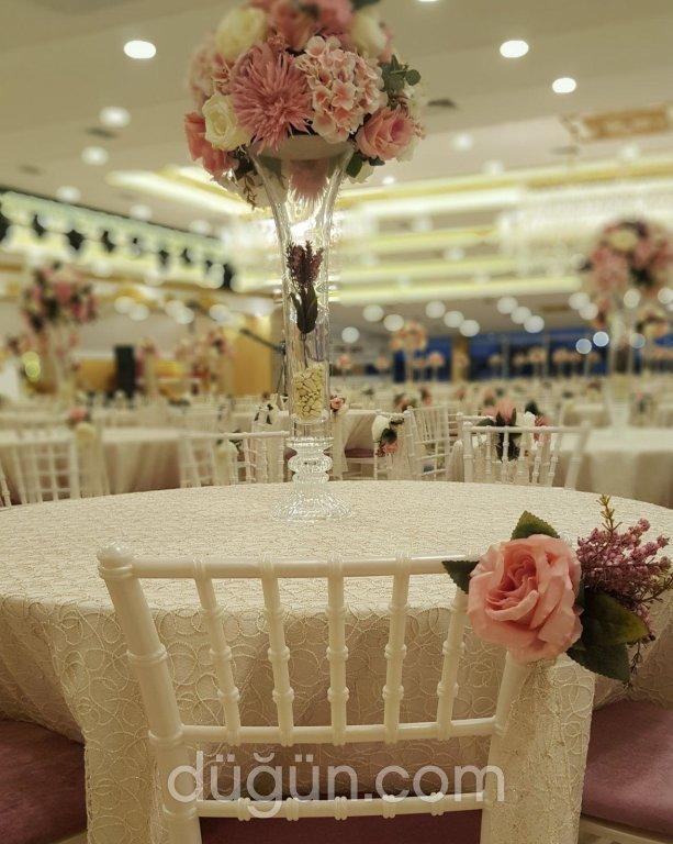 Boy Wedding Park