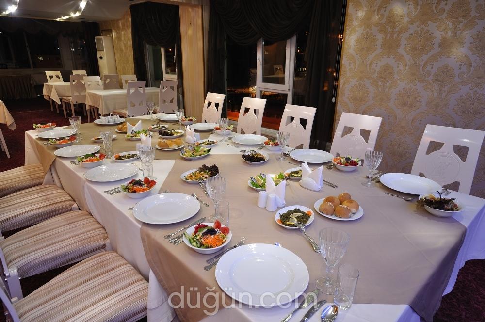 Grand Atakum Hotel