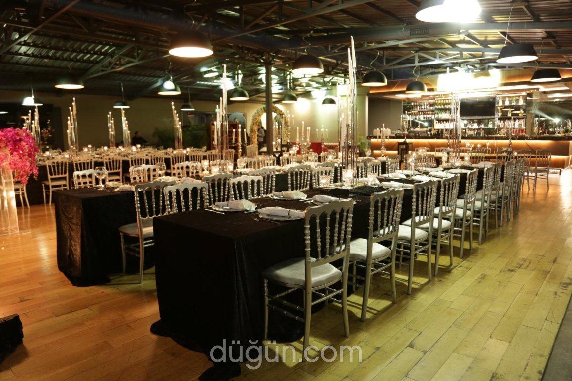 La Colina Restaurant & Bar