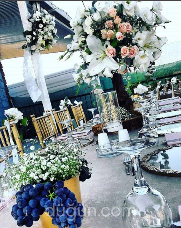Wi Love Wedding