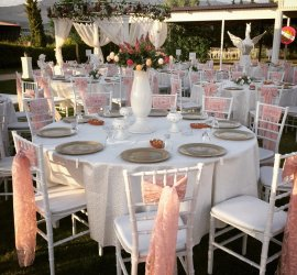 Organizasyonunu Bizimle Gerçekleştiren Düğün.com Çiftlerine Havadan Video Çekimi Hediye!