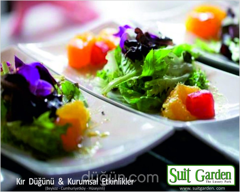 Suit Garden