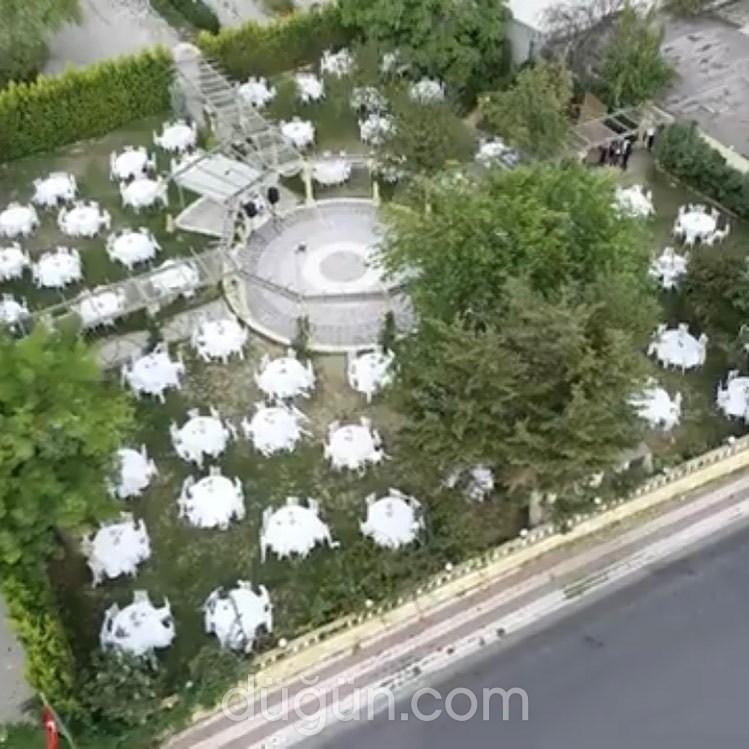 Antik Garden